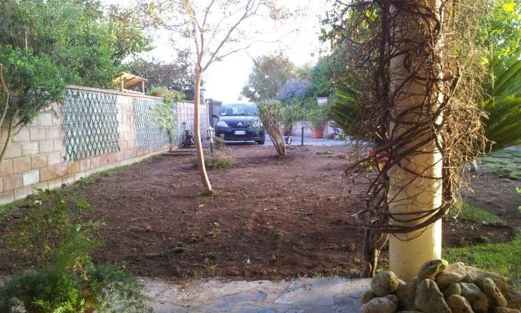 preparazione giardino per installazione prato in erba sintetica Sassari