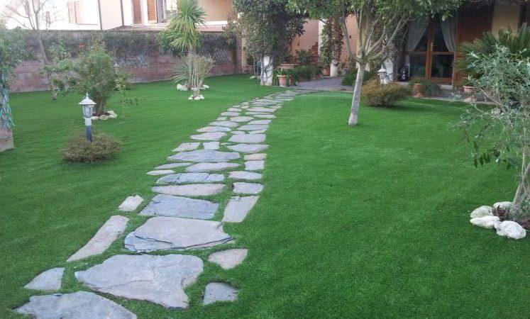 prato in erba sintetica realizzato da prati SEMPREVERDE, Sassari