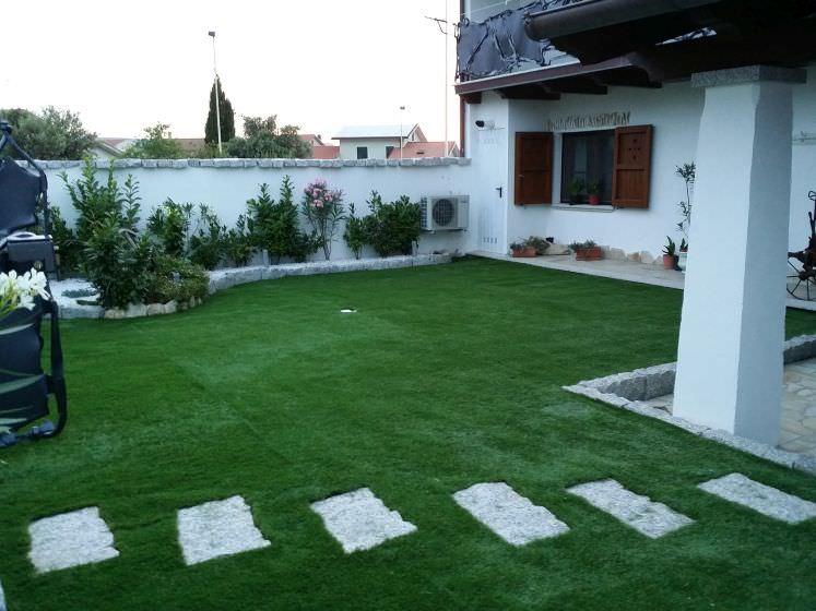 Realizzazione prato erba artificiale prati sempreverde for Prato artificiale
