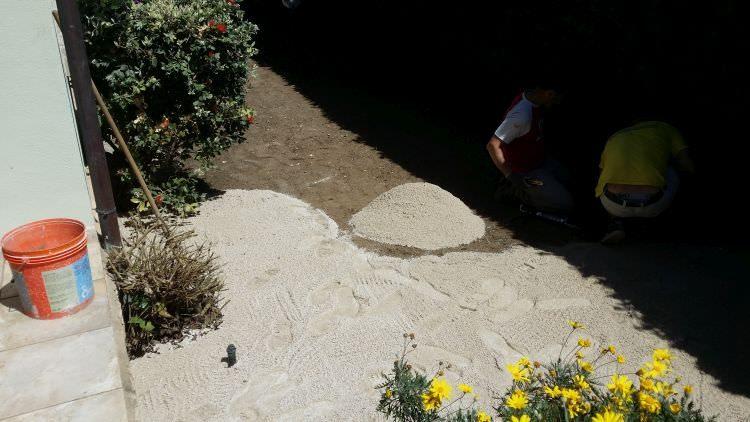 preparazione giardino per posa prato sintetico, Sassari